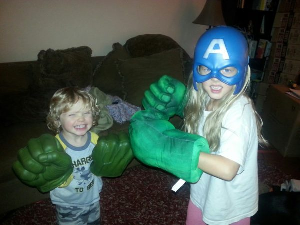 Munchkin and lil' man with hulk hands